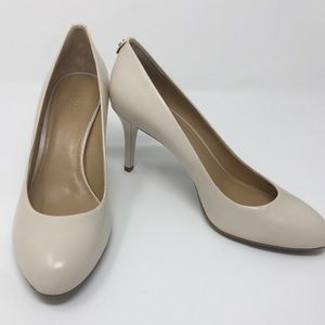 Michael Kors Cream Vanilla Closed Toe Leather Heel